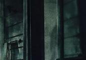 《寂静之地》曝光终极预告 未知生物残暴追杀