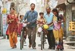 由萨基特·乔杜里执导,伊尔凡·可汗、萨巴·卡玛尔等主演的印度电影《起跑线》3月31日在全国共进行22城71场超前点映,淘票票点映评分9.6分,受到观众关注热议,口碑评价不俗。影片今日登陆全国院线。