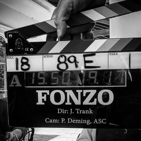 汤姆·哈迪晒《方索》片场照 与杰克·劳登再合作!