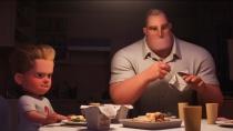 """《超人总动员2》预告片 超能先生化身""""家庭煮夫"""""""