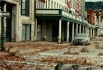 由美国派拉蒙影片公司出品,约翰·卡拉辛斯基执导并与好莱坞女星艾米莉·布朗特共同主演的惊悚片《寂静之地》将于5月18日在中国内地上映。影片此前在北美上映后口碑票房强劲,目前全球票房突破2亿美元,在诸多商业大片围攻之下,于上周末以2200万美元重返北美票房榜榜首。