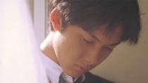 《情书》片段 惊艳了时光!窗帘后那个看书的少年!