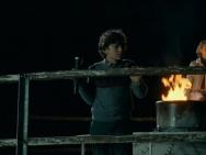 《寂静之地》角色特辑 童星西蒙斯化身手语老师