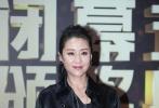 第25届北京大学生电影节闭幕式暨颁奖典礼于今晚在奥体中心举行,现场星光熠熠。中外著名影人汇聚北京,与大学生们一同庆贺这一专属于年轻人的电影盛会。