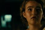 """由美国派拉蒙影片公司出品,约翰·卡拉辛斯基执导并与好莱坞女星艾米莉·布朗特共同主演的惊悚电影《寂静之地》将于5月18日在金沙娱乐内地上映。今日片方发布""""寂静影院""""预告,展现电影""""噤声""""的主题,并将影片无处不在的紧张感延伸到银幕之外。"""