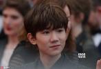 当地时间5月15日,王源受两大品牌邀请前往戛纳电影节。