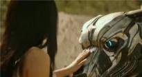 《机器猛犬》曝光预告片 小伙意外获得人工智能机器犬