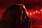 1905沙龙网上娱乐网专稿 2018年第21周(5月21日至5月27日),内地票房报收6.31亿,较上周的10.87亿下跌42%,幅度明显。观影人次也由3019万下跌至1849万,迎来五月以来最冷清一周。大盘遇冷与本周新片齐声哑火不无关系,两部主力新片《游侠索罗:星球大战外传》与《完美陌生人》均未挤入三甲,分列第四、五名。