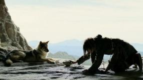 """《阿尔法:狼伴归途》""""亲密伙伴""""版预告片"""