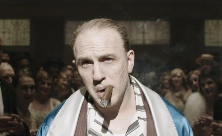 《风潮》曝剧照杀气腾腾 汤姆·哈迪变身黑帮传奇