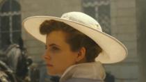 《日落》入围威尼斯主竞赛单元 曝最新预告聚焦女性