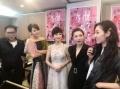 《八个女人一台戏》为关锦鹏庆生 郑秀文泪洒现场