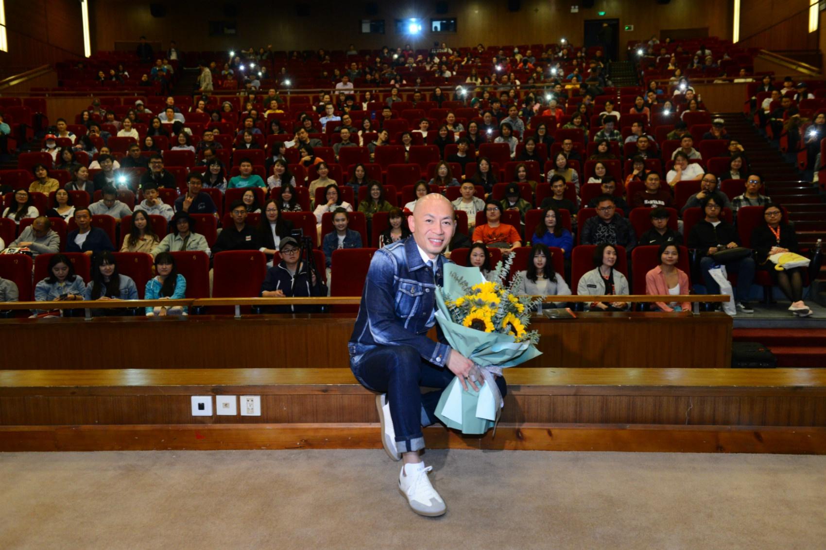 林超贤彭于晏四度合作 称新片将超越《红海行动》