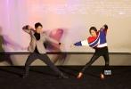 11月4日,由韩琰执导,日本电影名导园子温监制,演员宋威龙、陈都灵、张宥浩、盖玥希、曹曦文、高圣远等主演的电影《破梦游戏》在北京举行了首映发布会。活动当天,导演韩琰,监制园子温,主演宋威龙、陈都灵、张宥浩、盖玥希、曹曦文、高圣远等主创出席为影片加油。
