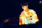 11月9日,NINE PERCENT全员最新MV花絮照曝光。蔡徐坤、 陈立农、范丞丞、Justin黄明昊、林彦俊、 朱正廷、王子异、小鬼王琳凯、尤长靖,九人演绎九种不同风格。画面运用大胆撞色风与光影效果,展现迷人的魅力。据悉,NINE PERCENT出道后的首张专辑开启正式预售。