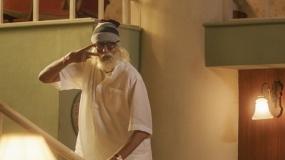 印度口碑神作《老爸102岁》预告 反套路父子档前所未见