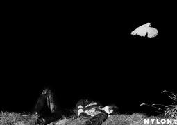 易烊千玺封面大片曝光 黑夜泛舟与鹿为伴静怡写意