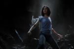 《阿丽塔》曝预告危险降临 卡梅隆再造绝世女英雄