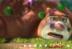 《熊出没》第六部大电影《熊出没·原始时代》于2019年2月5日大年初一正式上映,热映第5天,电影凭借好口碑在今年春节档的超强逆袭,票房突破3.53亿,上座率及场均人次均位居前列,与《流浪地球》一并被列为春节档最不能错过的两部片。与此同时,片方宣布将发行河南、陕西、四川、湖南、粤语五种方言版本预告片及海报,并将于大年初五至大年初八开启方言版电影点映,正月初九(2月13日)全国同步上映,只为陪伴身在他乡、心系家乡的游子观众心。