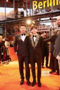 王源亮相《地久天长》柏林首映 叛逆少年很有挑战