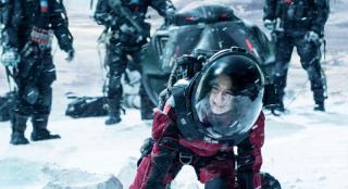 《流浪地球》为何被誉为中国硬科幻电影里程碑?