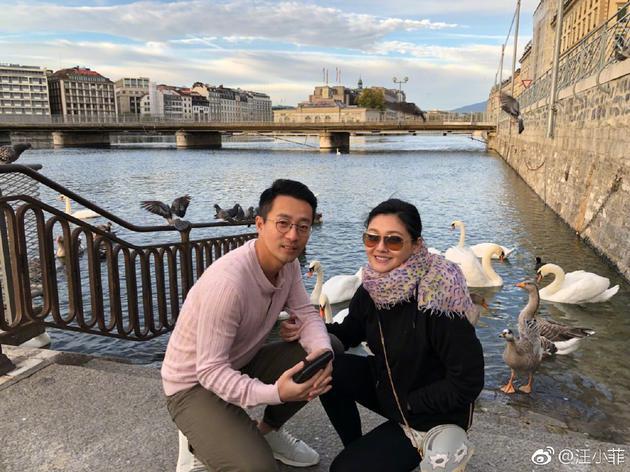 汪小菲纪念与大S结婚八周年 感慨曾经历风风雨雨