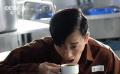 """《反贪风暴4》片场林峯遭遇""""鸿门宴"""" 喷饭呛水表现十分敬业"""