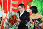 曾执导过《古墓丽影》、《机械师》、《敢死队2》等好莱坞商业d8899尊龙娱乐游戏的英国导演西蒙·韦斯特,日前造访中国,以评委的身份参与了北京国际电影节各项活动。当然,他此行还有另外一项工作:4月14日晚,他导演的新片《天·火》在北京举行首场发布会,主演王学圻、昆凌、纪凌尘等集体亮相。