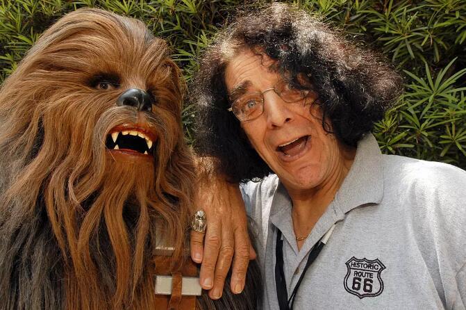 《星球大战》楚巴卡扮演者彼德・梅犹去世享年74岁