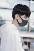 心疼!王俊凯结束《中餐厅》录制 鼻子意外受伤?