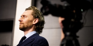 """""""抖森""""湯姆·希德勒斯頓推介BAFTA展奕計劃"""