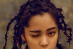 歐陽娜娜全新大片演繹搖滾少女 臟辮發型似仙人掌