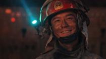 《烈火英雄》曝光致敬宣传曲《别哭,我最爱的人》