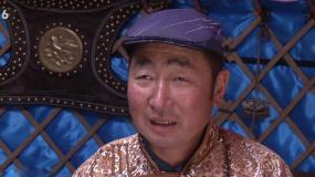 《古田军号》内蒙古边疆放映 当地牧民为老一辈革命家点赞