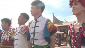 《我和我的祖国》首场电影发布 昆明彩排载歌载舞