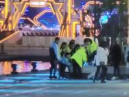 网曝高以翔抢救现场视频 工作人员实施心肺复苏