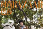 肖战登时尚杂志第二组大片发布 快迎接白马王子!