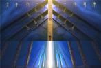 """近日,国漫巨制《姜子牙》发布终极预告,透露了姜子牙找寻真相、直面自我的过程,更首度公开""""白发姜太公""""形象,引发热议。该片风格与""""哪吒""""""""大圣""""截然不同,自成一派,展现出""""中国神话系列""""主角人物的多样化。电影《姜子牙》由100%国产顶尖动画团队倾力打造,将于大年初一(1月25日)正式上映。"""