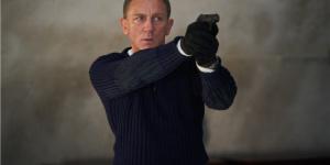 《007:无暇赴死》曝全新预告 邦德上天下海