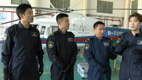 《紧急救援》王彦霖现场学习救人过程 与救援队员实力PK