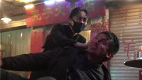 M热度榜:杨幂不小心打着雷佳音 《紧急救援》演员模拟舱入水