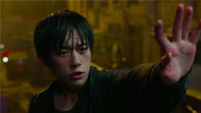 """《拆弹专家2》还是《小红花》 贺岁档下半场谁最具""""爆款""""相?"""