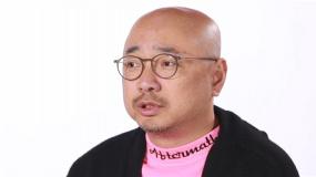 徐峥提前观影《杭州日夜》:应该全世界公映 让美国人好好看看
