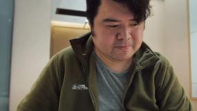《武汉日夜》发布李超特辑 痛失至亲毅然决定捐献父亲遗体