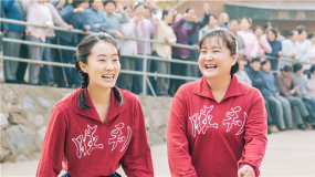 贾玲拍《你好,李焕英》纪念妈妈 女导演镜头下细腻的女性形象!