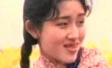 谢娜出演《九妹》的mv