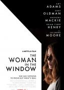 窗里的女人