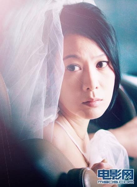 极速天使中的插曲_刘若英突然宣布婚讯 《极速天使》曝光婚纱剧照_华语_电影网_1905.com
