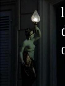 女雕像物语