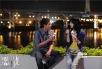 """由香港著名导演林超贤执导,张家辉、彭于晏、李馨巧、安志杰、梅婷、李菲儿等人主演的电影《激战》,即将于8月16日在全国公映。近日,片方也在""""七夕节""""前曝光了一组彭于晏和李菲儿在电影中的剧照。在《激战》中,两人饰演一对处于懵懂阶段的男女朋友,有着微妙的""""三次巧遇""""。"""
